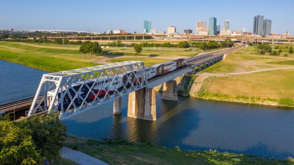 TRE at Fort Worth. Events Calendar. Trinity Metro blog.